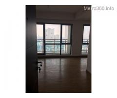 Large 2 BR Unfurnished Condo Unit with Parking in Acqua Private Residences